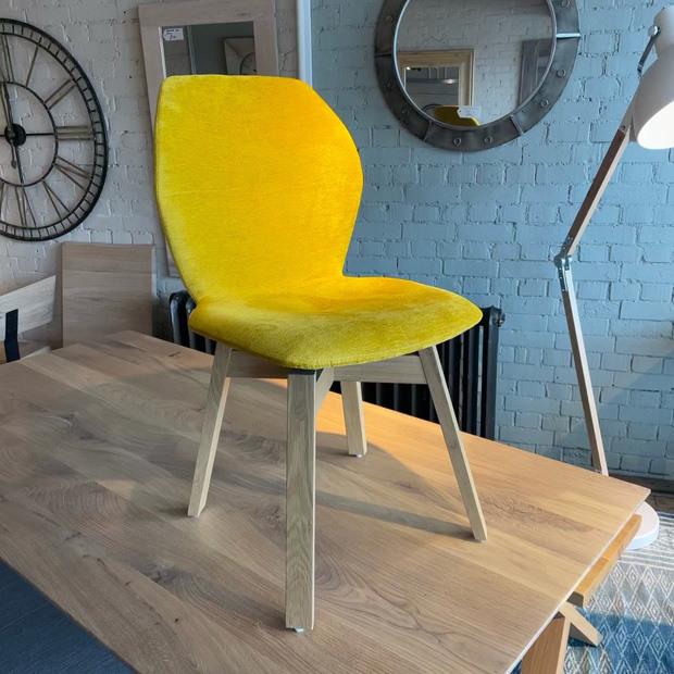 Mood 91 Chair-Oak Legs